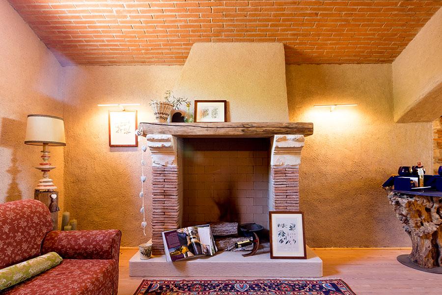 Top Camini in muratura, mattoni e pietraImpresa Edile Illasi Dal Bosco  MO96